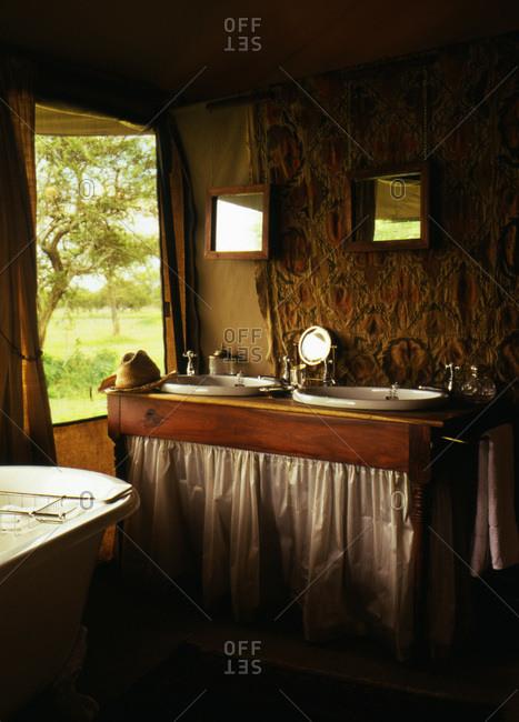 Elaborate bathroom in tent at the Sabora camp on the Serengeti plains