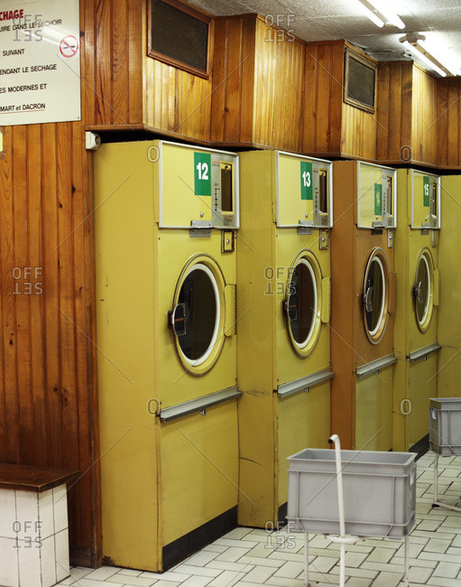 An empty vintage laundry in Paris