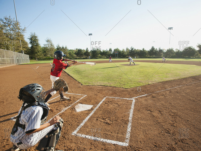 USA, California, baseball baseball team (10-11) during baseball match