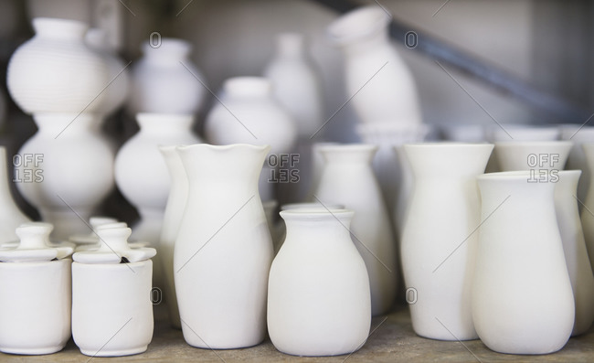 USA, New Jersey, Jersey City, Pottery on shelves