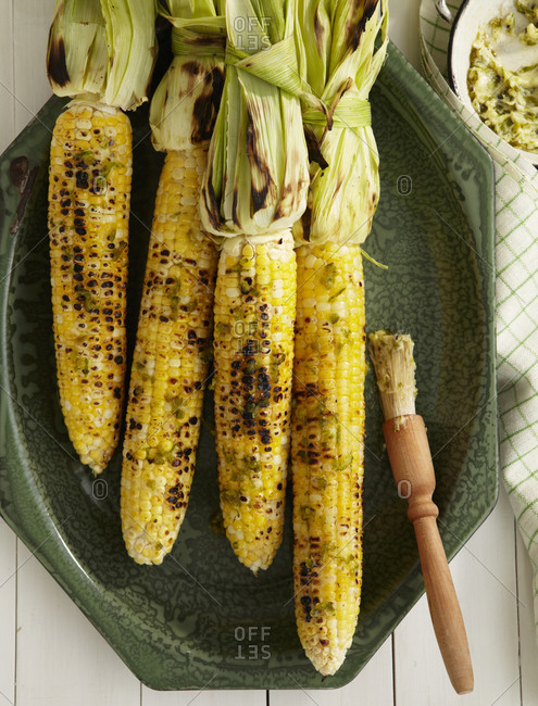Grilled corn from above.