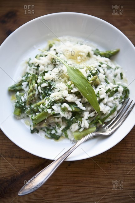 Risotto with green asparagus, ramsons and Parmesan cheese