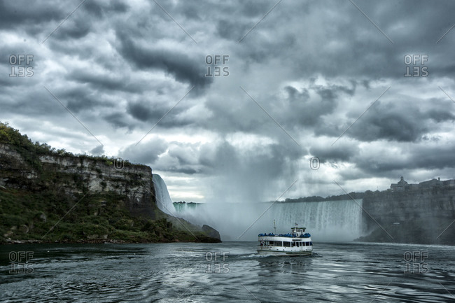 Boat full of tourists heading for Niagara Falls