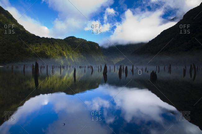 Loch Maree, Fiordland National Park, Southland, South Island, New Zealand