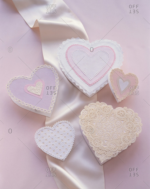Five handmade heart shaped Valentine\'s Day cards