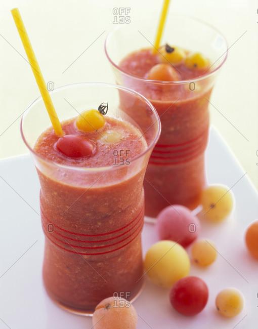 Frozen-cherry-tomato bloody mary