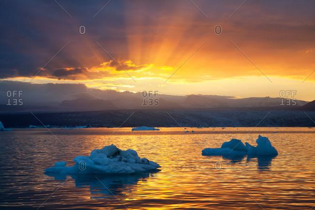 Radiant light at sunset, Jokulsarlon, Iceland