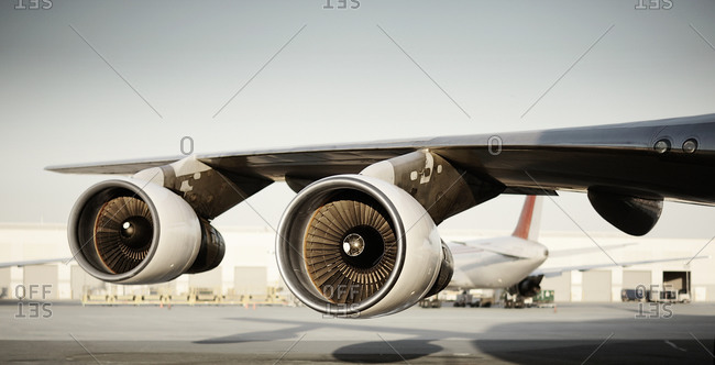 Jet engine and wing of an airplane