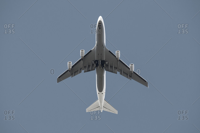 An airplane from directly below