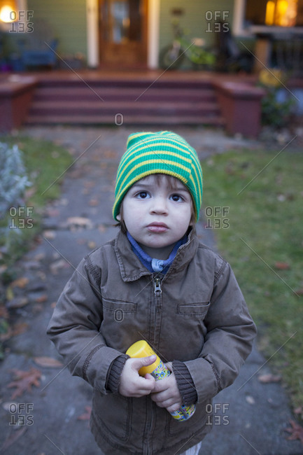 Young child at the doorstep