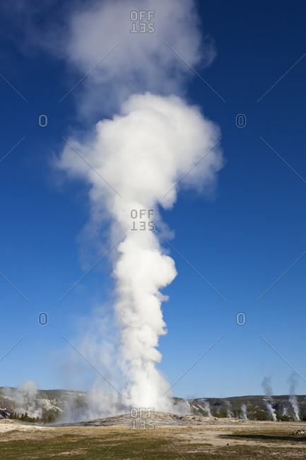 USA, Yellowstone Park, Wyoming, Old Faithful Geyser