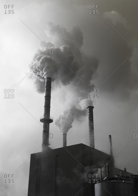 Austria, Vocklabruck, Lenzing, Smoke emitting out of factory
