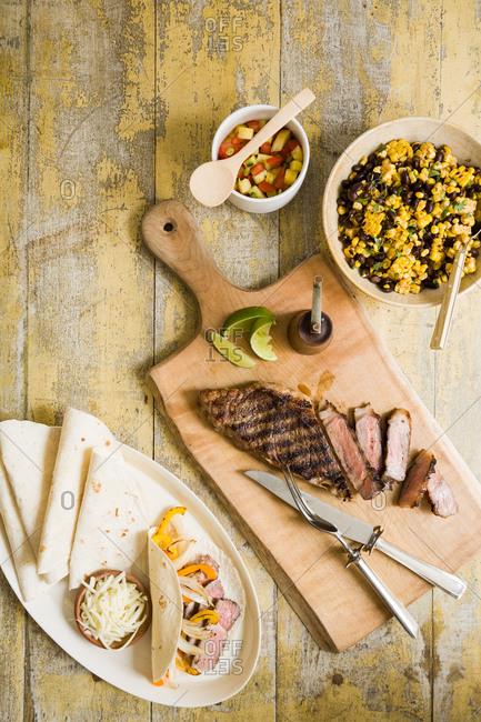 Ingredients for delicious fajitas - Offset