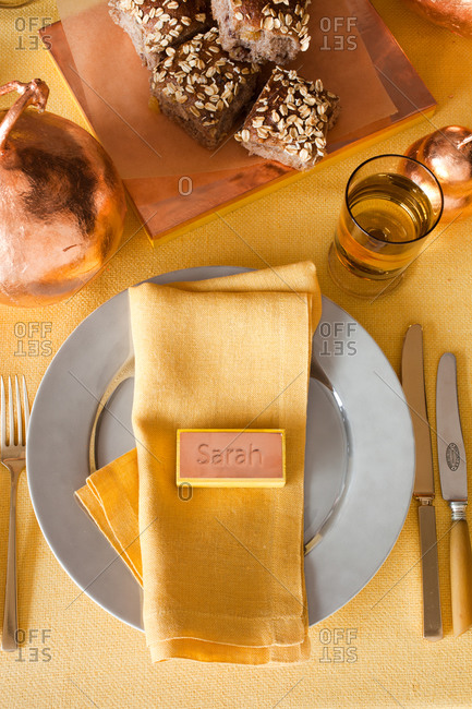 Elegant table setting with creative seating card