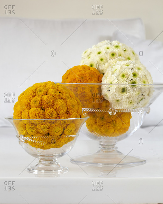 Creative flower bouquets in glass bowls