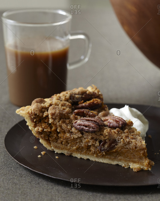 streusel stock photos - OFFSET