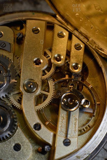 Pocket watch mechanism - Offset Collection
