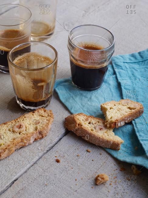 Hazelnut and cinnamon biscotti with coffee