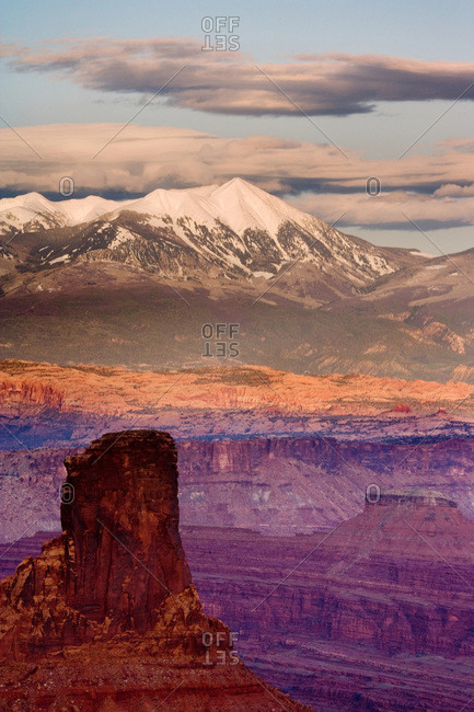 USA, Utah, Dead Horse Point State Park. View of La Sal Mountains at sunset.