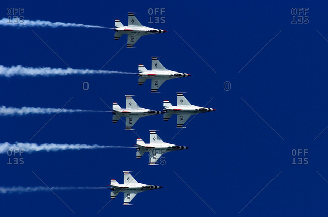 Jets photo from the Offset Collection