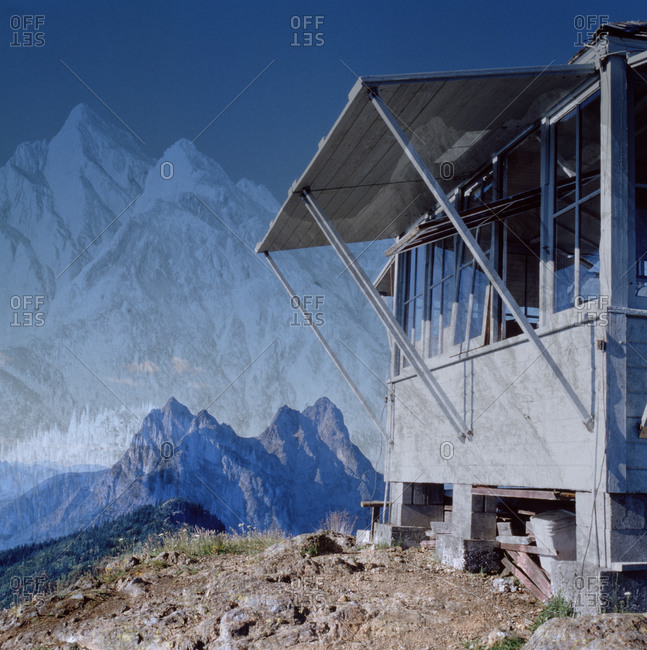 Mount Hozomeen and the fire lookout cabin on Desolation Peak
