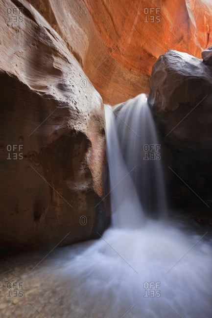 USA, Utah, Slot Canyon, Waterfall, Kanarra Creek