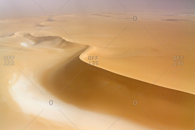 Linear sand dunes in the Tenere desert, east of the Air Mountains.