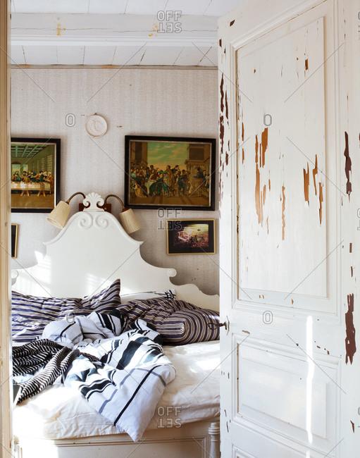 A look into a bedroom
