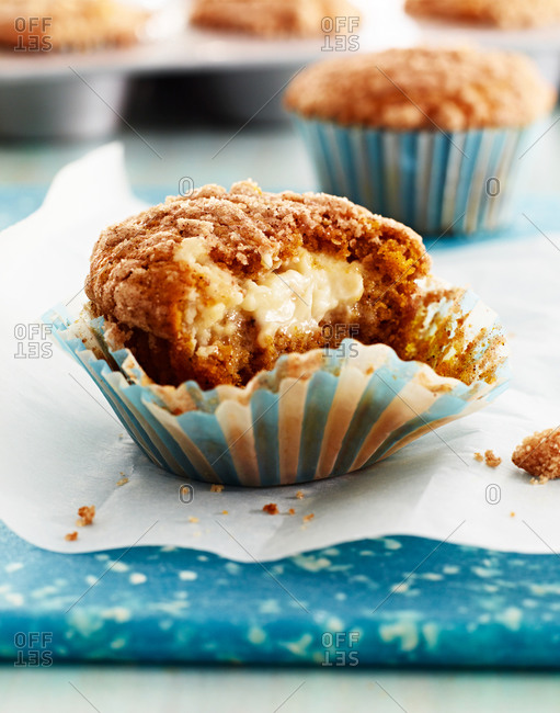 Pumpkin cream cheese streusel muffin