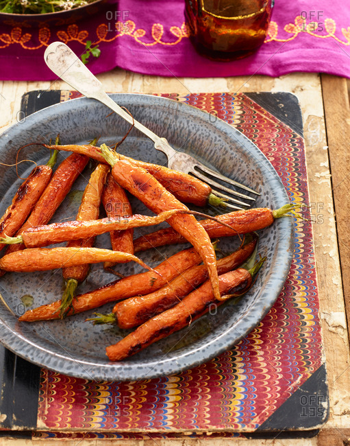 Fresh grilled carrots