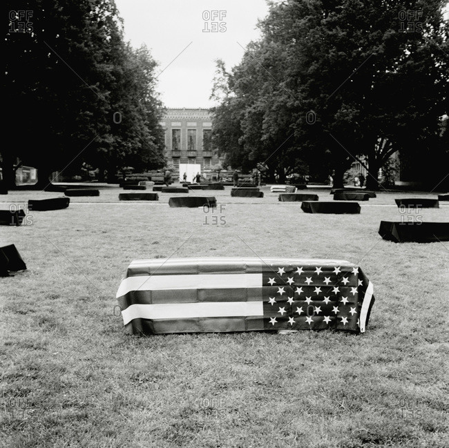 Coffin covered by American flag, University of Oregon, Oregon, USA