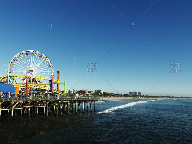 Ferris wheel beneath a blue sky, Santa Monica, USA