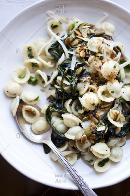 Ramp pasta with roasted pumpkin seeds