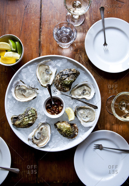 Overhead view of oyster plate