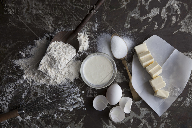 Baking ingredients and utensil on table