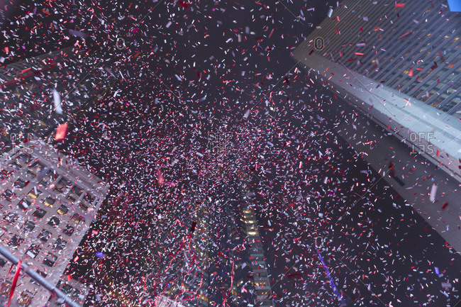 Confetti Falling during New Year\'s Eve Celebrations, Times Square, Manhattan, New York City, USA