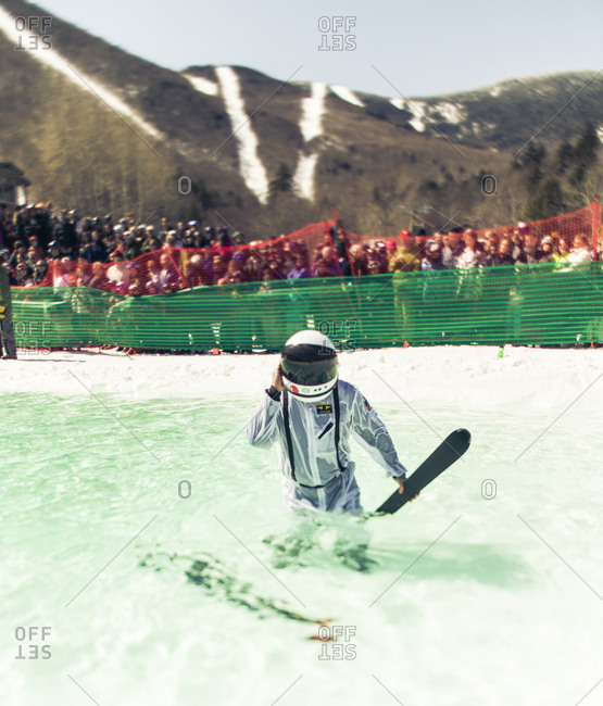 Competitor on pond skimming contest