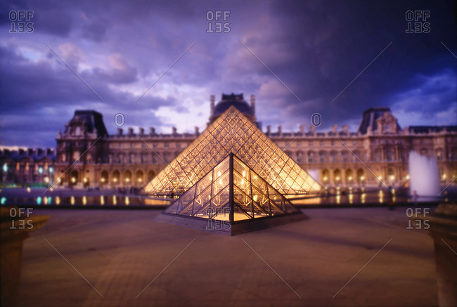 PARIS - February 5, 2014: The Louvre at night