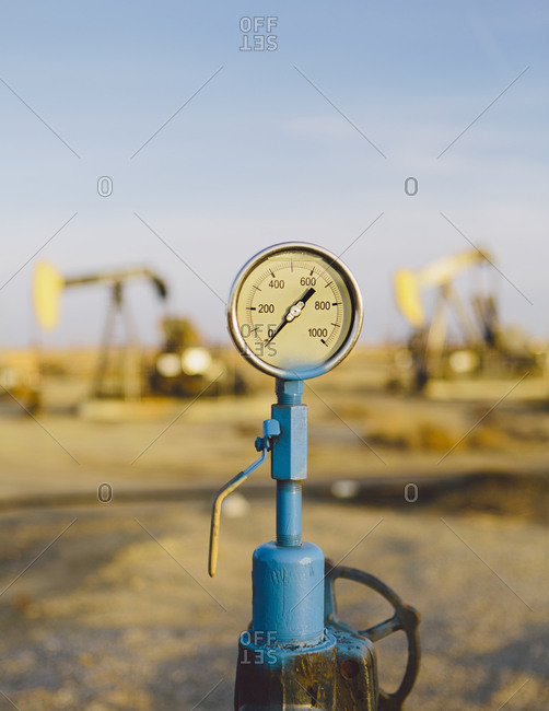 Air pressure gauge - Offset Collection