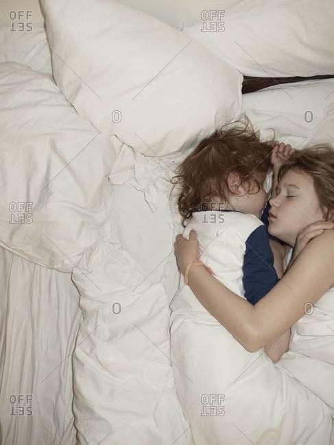 Deutsch scout69 sleeping sister