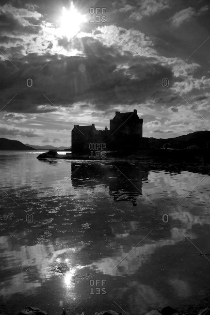 Black and white image of Eilean Donan Castle, Scotland