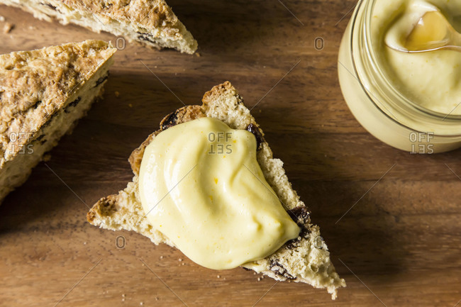 Authentic Irish soda bread with raisins and lemon custard