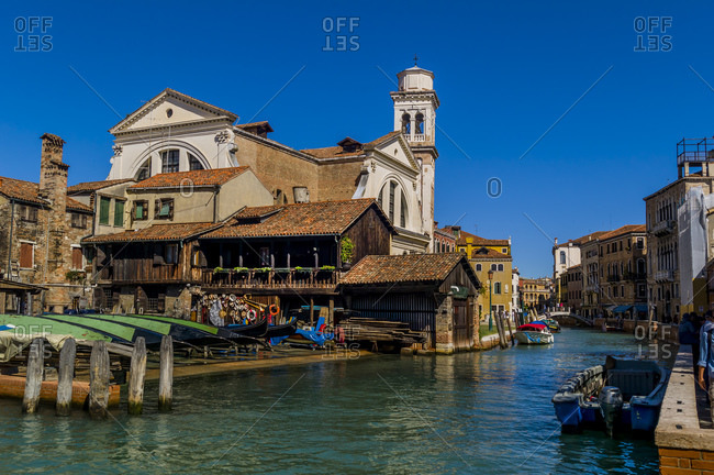 Gondola builder at Rio di San Trovaso