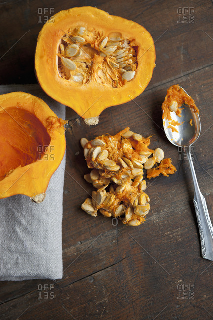 Removing seeds from a squash