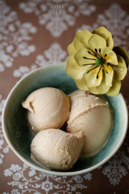 Caramel and sea salt ice cream served in bowl