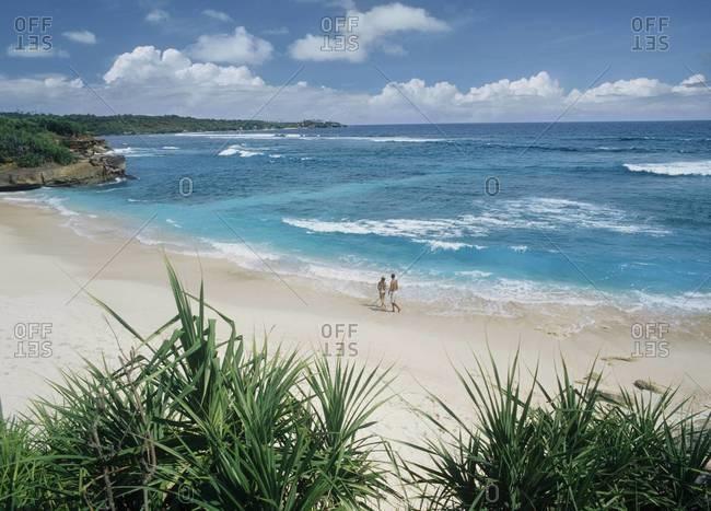 Beach on Nusa Lembongan, a small island off the coast of Bali, Indonesia, Southeast Asia, Asia