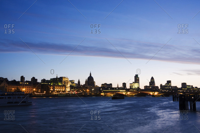 London skyline at dawn, London, England, United Kingdom, Europe