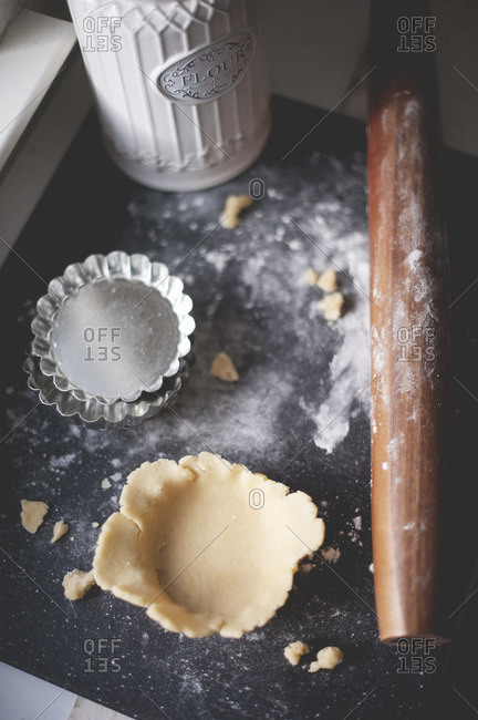Raw pastry in a mini tart pan