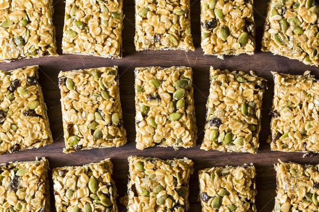 Vegan granola bars - Offset Collection