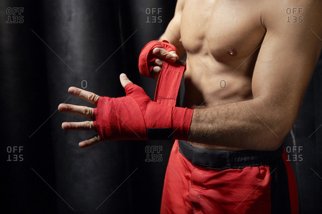 Boxer with bandaged hands - Offset